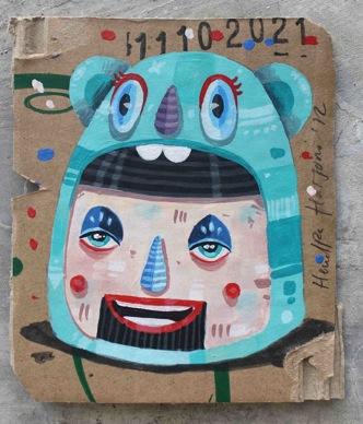 bear head-acrylic on used cardboard-10x5x12,5cm-2012s